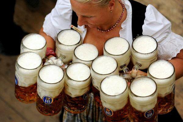 Camarera Oktoberfest - foto de ONT Alemania
