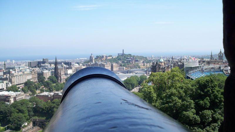 Vista de Edimburgo y Calton Hill desde el castillo | Foto: David Fernández