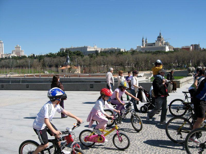 Ciclismo en Madrid Río | Foto: Ayuntamiento de Madrid