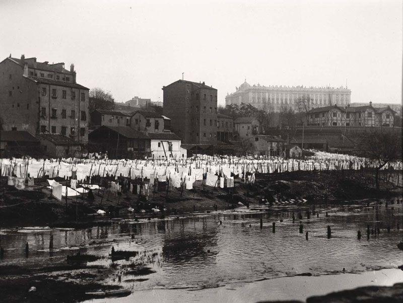 Lavaderos del río Manzanares al principio del siglo XX | Foto: Alfonso