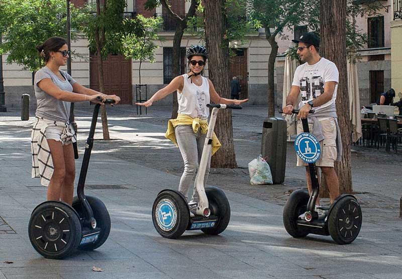 Recorrer Madrid en Segway: una ruta sobre ruedas