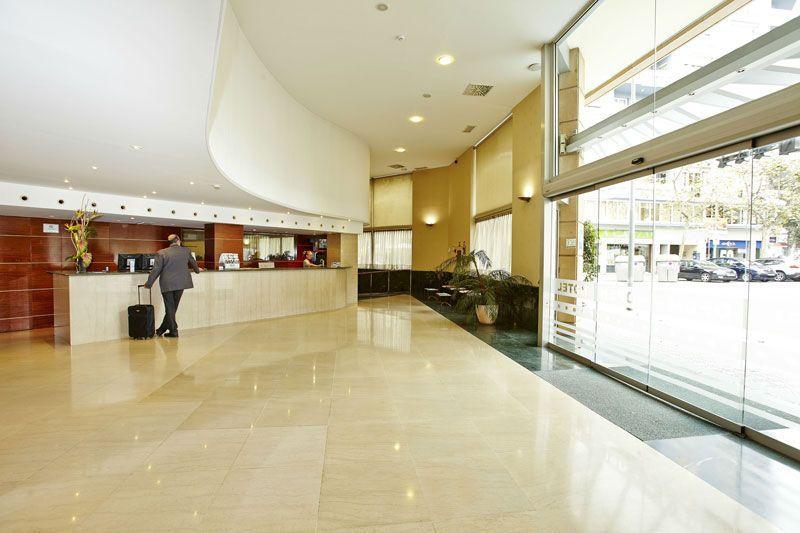 Recepción del hotel HCC Open de Barcelona