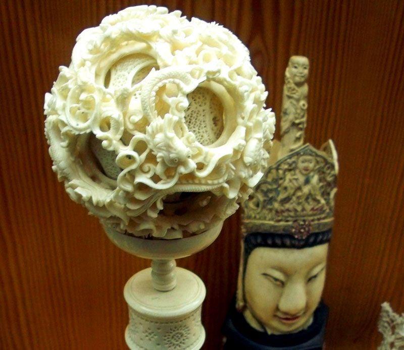 Conjunto de esferas de marfil una dentro de otra en el Museo de Arte Oriental   Foto: David Fernández