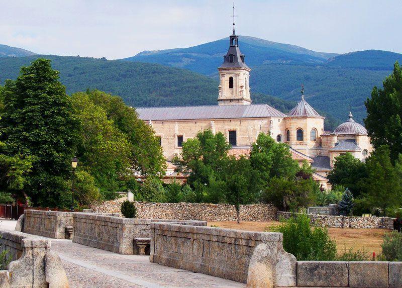 El Monasterio del Paular visto desde el Puente del Perdón | Foto: David Fernández