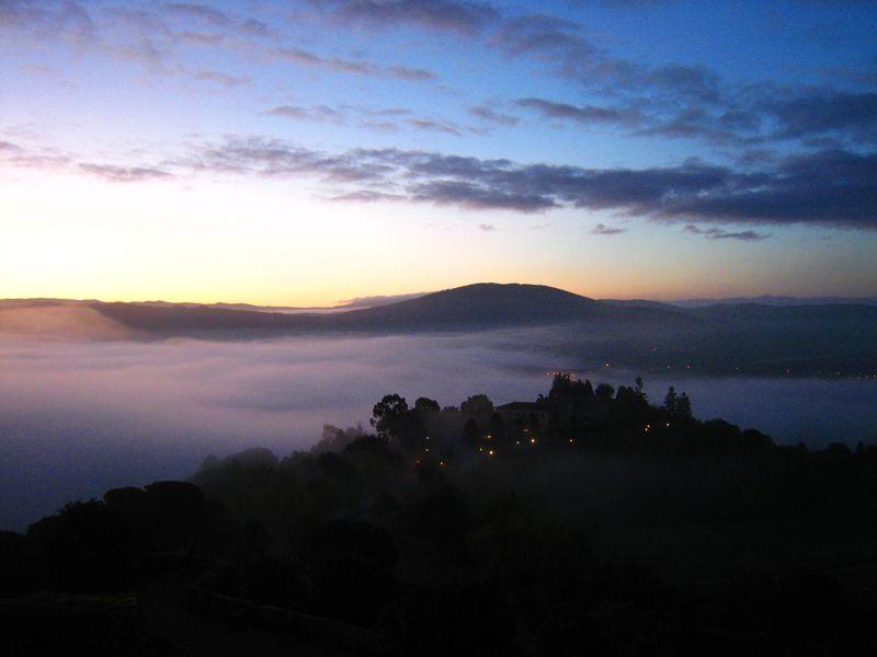Amanecer desde el Castillo-Parador de Monterrei | Foto: Beatriz de Lucas Luengo