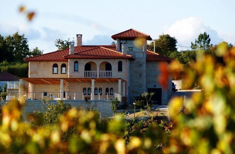 Edificio de Bodegas Crego e Monaguillo, en Salgueira | Foto: Bodegas Crego e Monaguillo