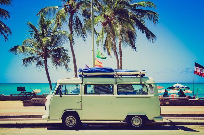 Furgoneta Volkswagen en pleno viaje | Foto: Unsplash para Pixabay