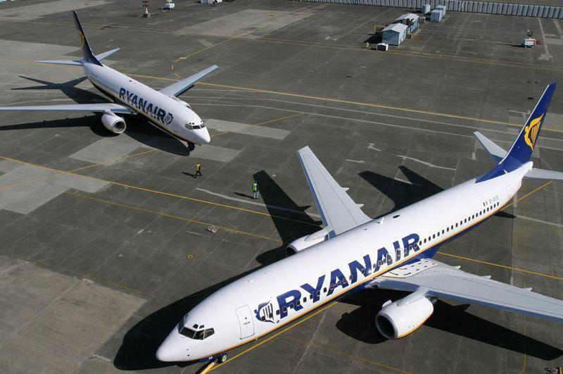 Aviones de Ryanair aparcados | Foto: Ryanair