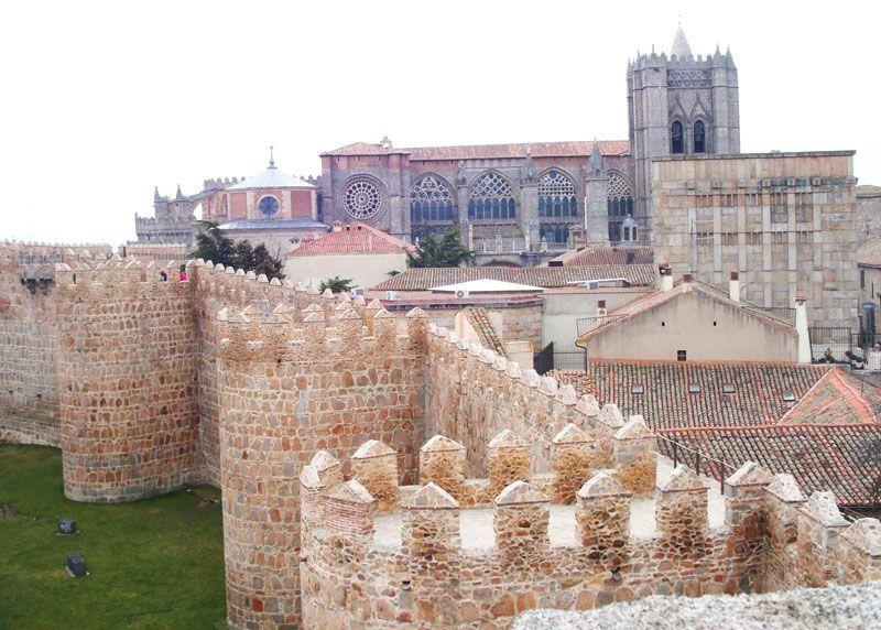 Muralla y catedral de Ávila | Foto: David Fernández