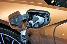 Adopción y retos del coche eléctrico