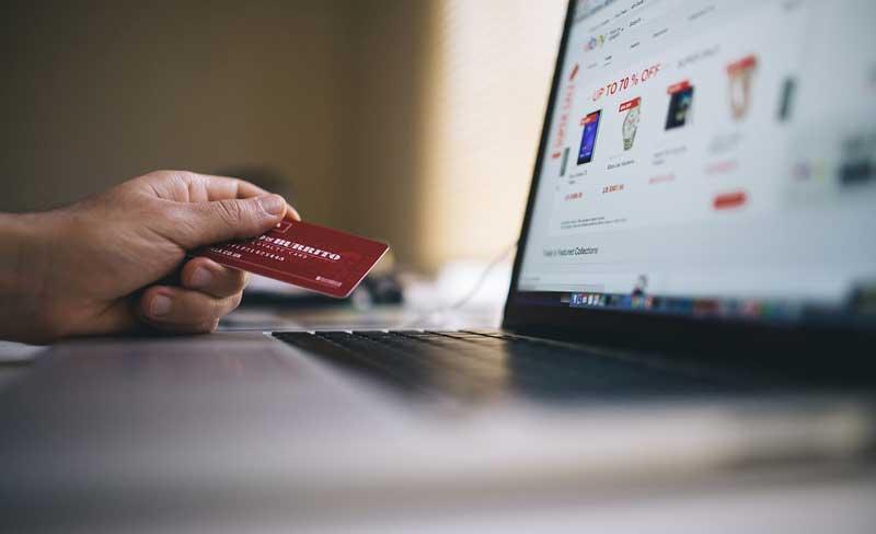 Compra online contarjeta de crédito | Foto: Pixabay