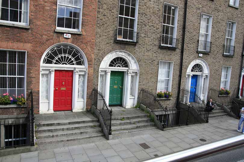 Típicas puertas de colores. Foto de: ALBERTO PERAL