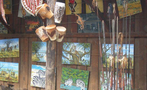 Típicos puestos de artesanía. Foto de: PALOMA GIL