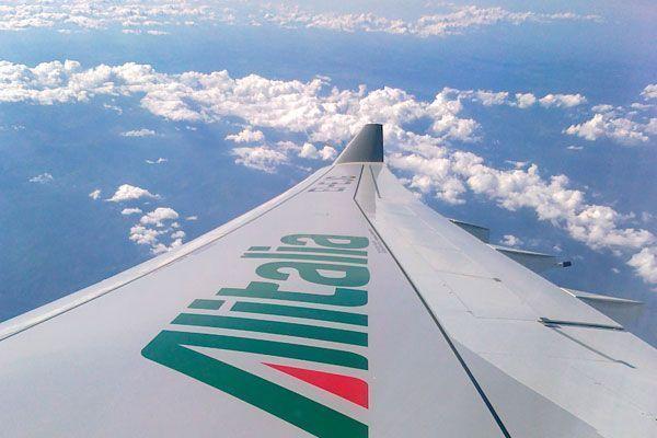 Ala de un avión A330 de la compañía Alitalia | Foto: Alitalia