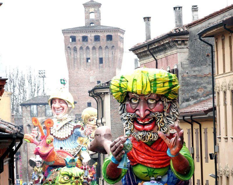 El Carnaval a Cento es una de las celebraciones más famosas de Ferrara | Foto: Turismo Ferrara