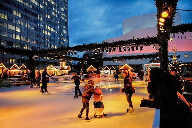 Patinaje sobre hielo en las calles de Düsseldorf | Foto: Turismo de Düsseldorf