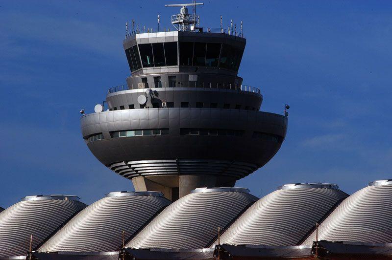 Torre de control en un aeropuerto español | Fuente: Aena Aeropuertos