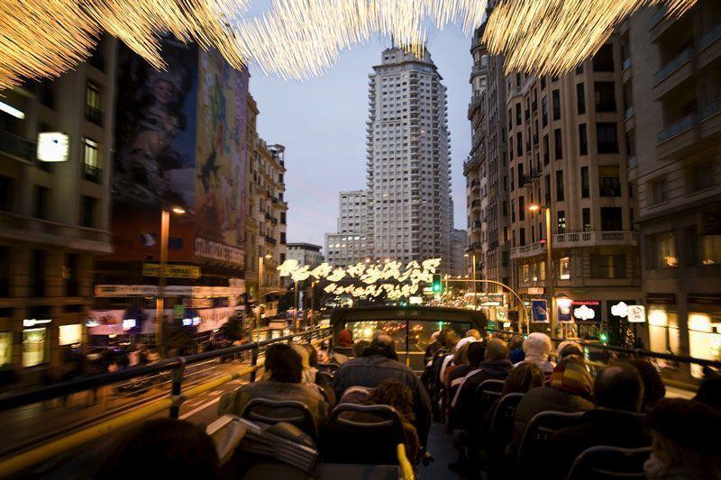 Autobús turístico que recorre la ciudad de Madrid | Foto: Turismo de Madrid
