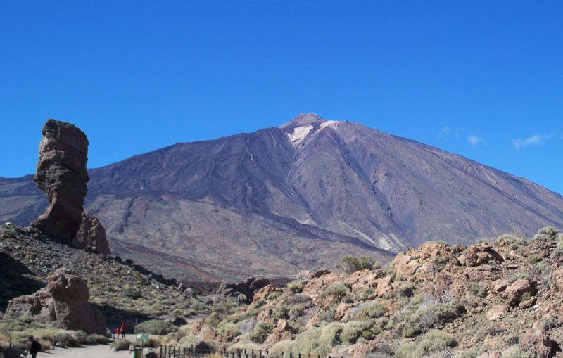 Parque del Teide, en Tenerife, con el volcán al fondo | Foto: David Fernández