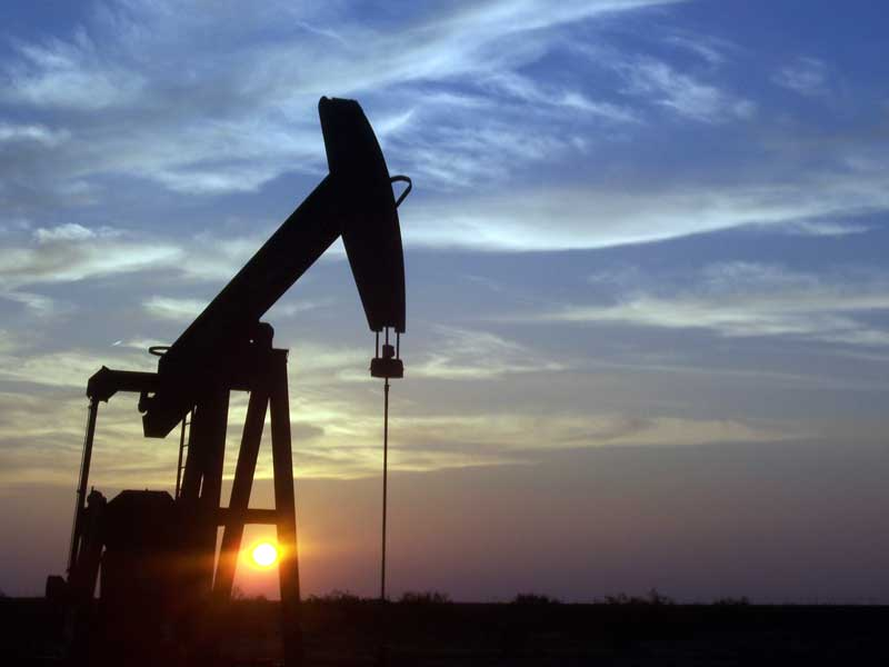 Pozo petrolífero en Midland (Texas, EEUU)   Foto: Eric Kounce bajo dominio público por Wikimedia Commons