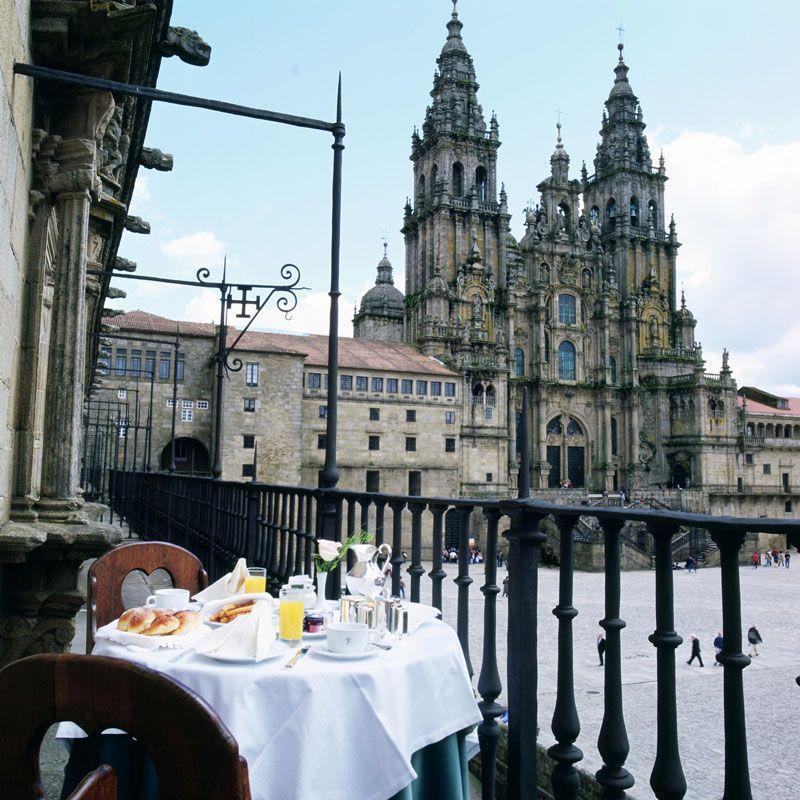 Vista de la catedral de Santiago de Compostela desde el Parador   Foto: Paradores de Turismo
