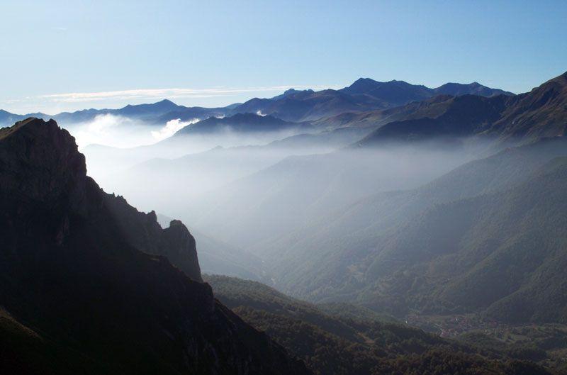 El valle de Fuente Dé en Cantabria, visto desde el mirador de El Cable   Foto: David Fernández
