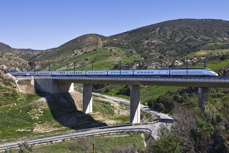 Tren AVE de Renfe   Foto: Renfe Operadora