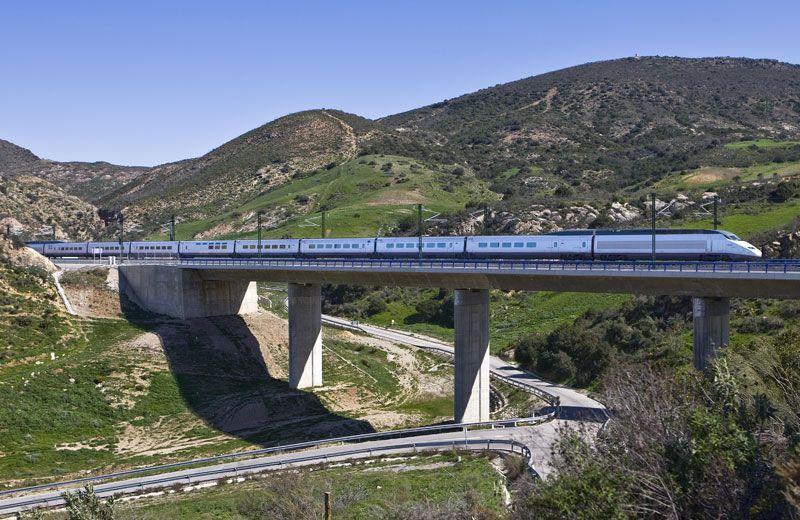 Un tren de alta velocidad de Renfe | Foto: Renfe