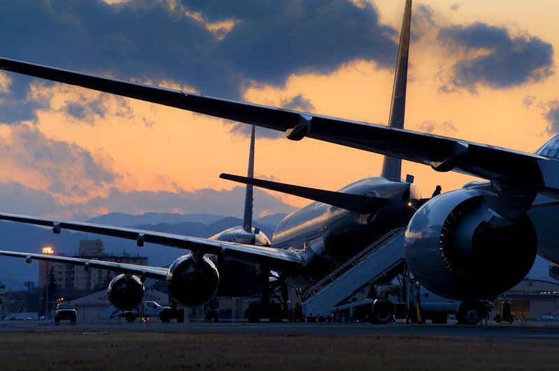 Aviones estacionados en el parking | Foto: skeeze para Pixabay