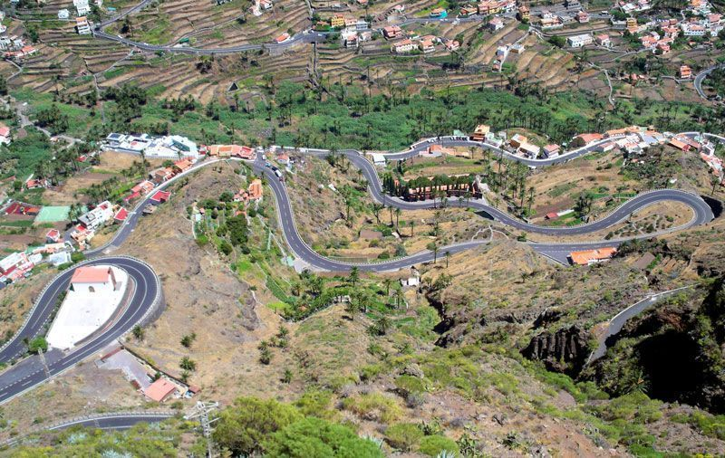 Carretera que asciende al mirador de César Manrique | Foto: David Fernández