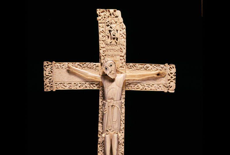 Crucifijo de don Fernando y doña Sancha en el Museo Arqueológico Nacional | Foto: Museo Arqueológico Nacional