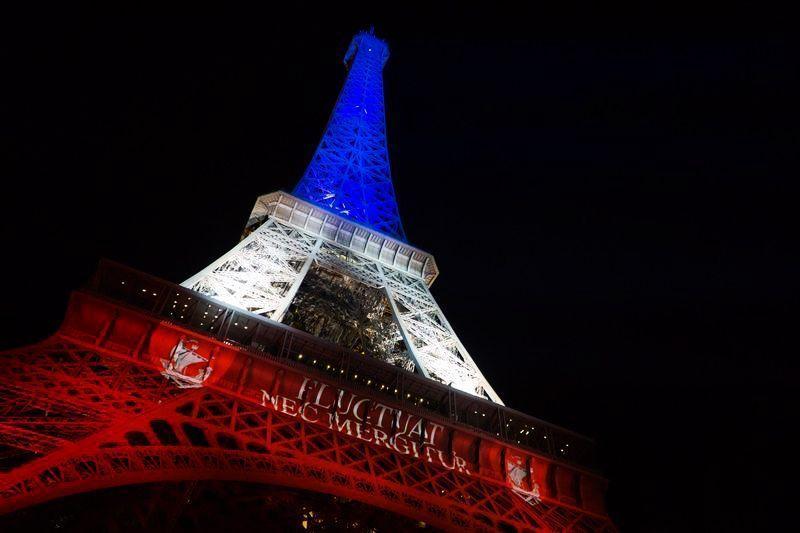 La Torre Eiffel tras las atentados del 13 de noviembre en París | Foto: Torre Eiffel