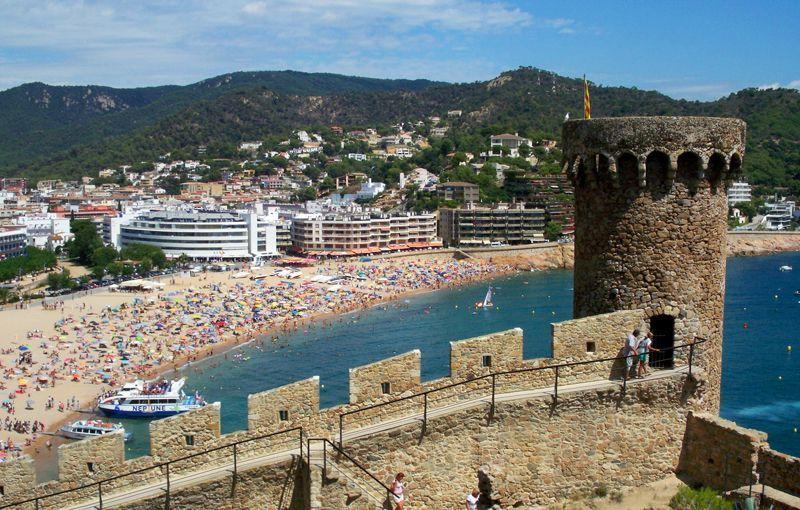 Muralla y ruinas medievales de Tossa de Mar | Foto: David Fernández