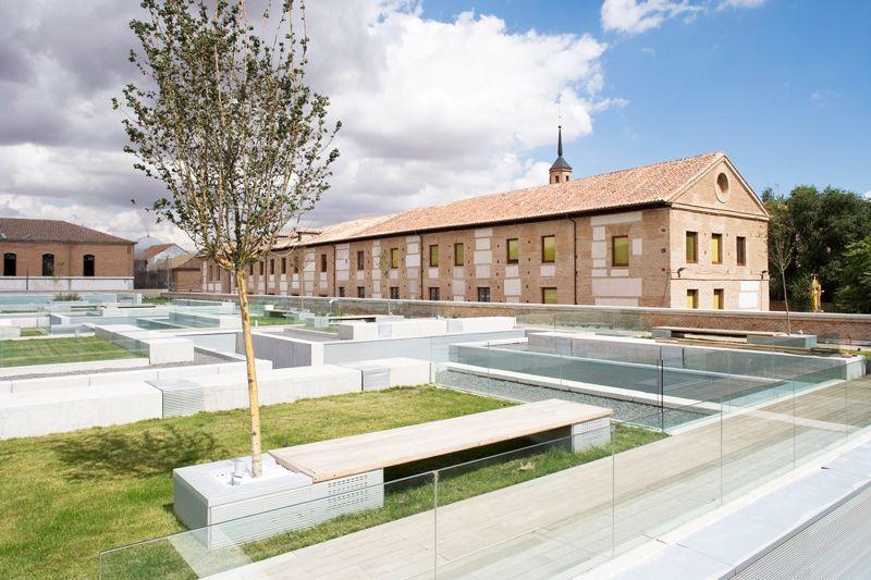 Jardín del Parador de Alcalá de Henares | Foto: Paradores