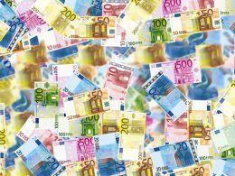 Dinero acumulado   Foto: angelolucas para Pixabay