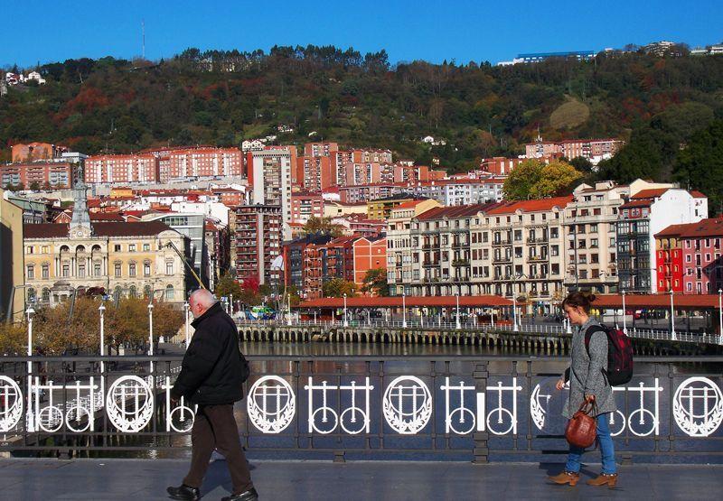 La ría de Bilbao desde el Puente del Arenal | Foto: David Fernández