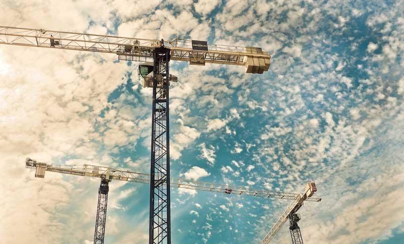 Grúas de una construcción | Foto: Pixabay