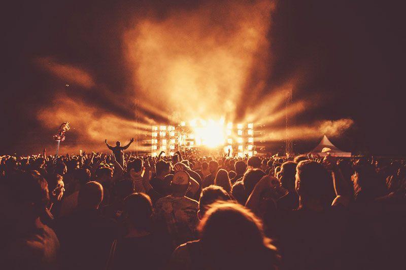 Público en el concierto de un festival | Foto: Pixabay