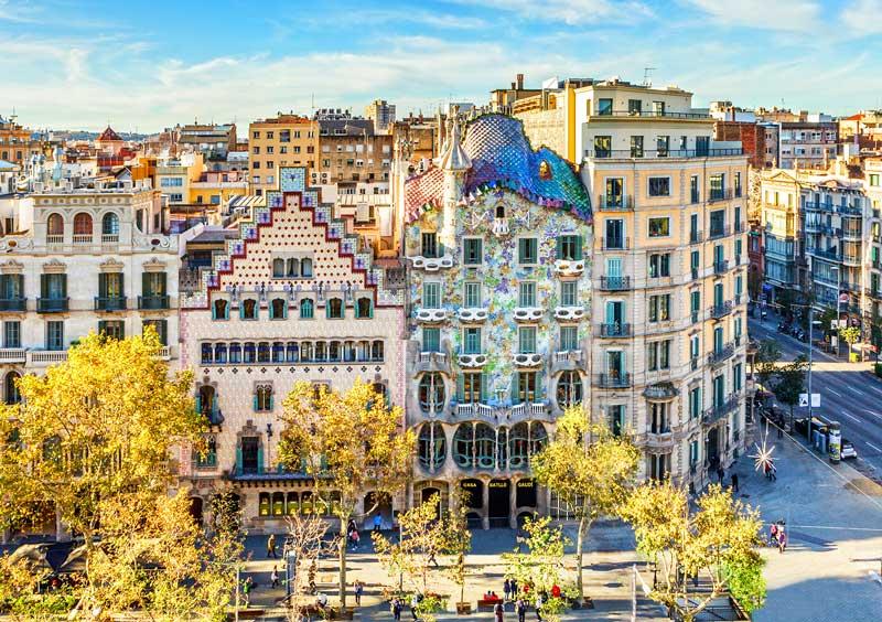 Vista de la Casa Batlló junto con Casa Amatller | Foto: Casa Batlló